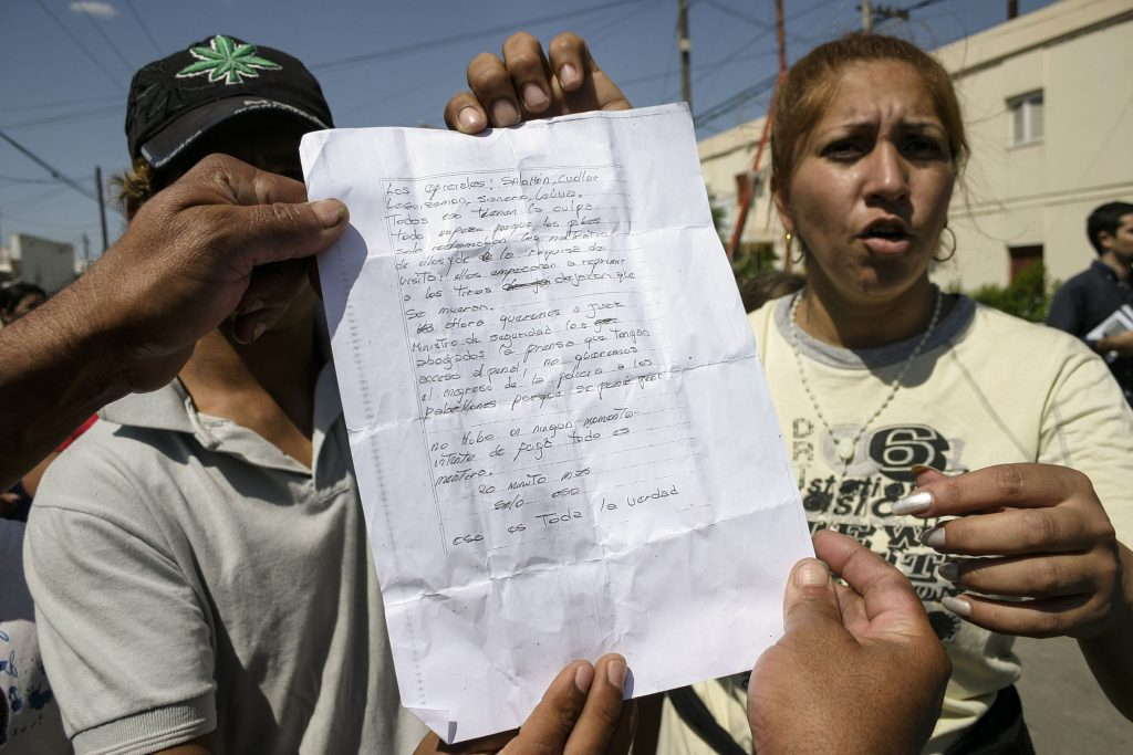 Santiago de Estero. Argentina. Noviembre 05 / 2007 Carta que los familiares de los presos del Penal de Santiago del Estero, pusieron a disposición de la prensa.